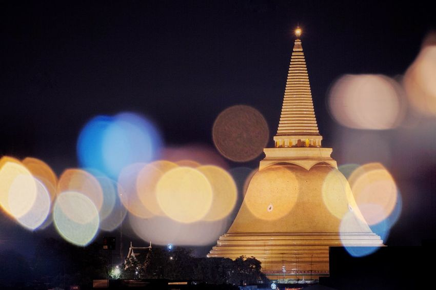 Night Illuminated Lens Flare No People Architecture Built Structure Building Exterior Focus On Foreground Defocused Travel Destinations Outdoors City Close-up Clear Sky Sky Phra Pathom Chedi Nakorn Phathom Thailand Religion Buddhism