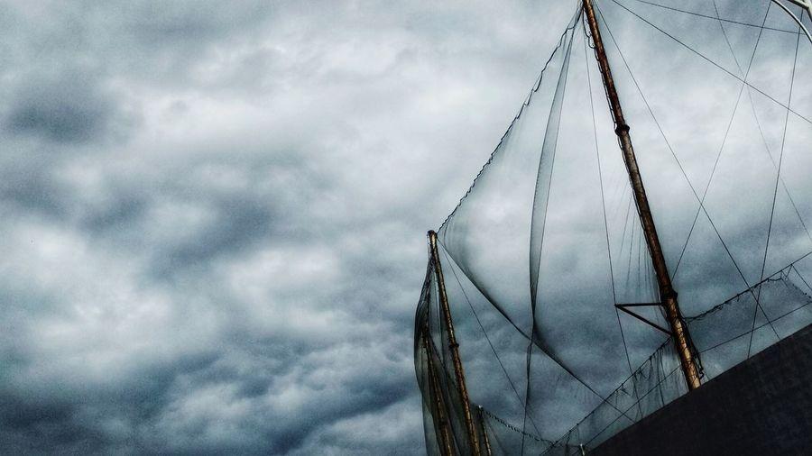 云、帆 Cloud - Sky Sky No People Nature Low Angle View Wire Day