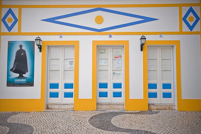 Building Colourful Historical Building Nazaré  Old Portugal Portugaldenorteasul Taberna Taverna
