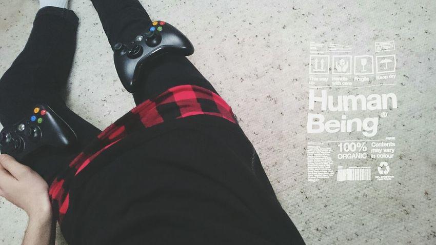 Tumblr ♡  Hanging Out Enjoying Life Xbox 360 Black Photography Sony Sony Xperia Z3 Sony Xperia Photography. Model Shoot