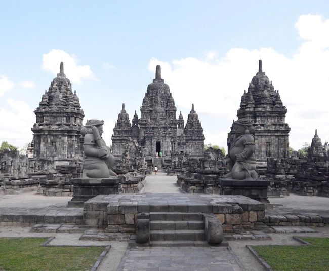 Sewu Temple Beautiful Indonesia Beauty In Nature Architecture Built Structure Religion Place Of Worship Building Exterior Belief Spirituality Outdoors Nature Travel Destinations Sky Cloud - Sky History