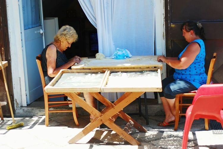 Collected Community Bari Homemade Pasta Pasta Working Wemen Street Street Photography Sun Summer