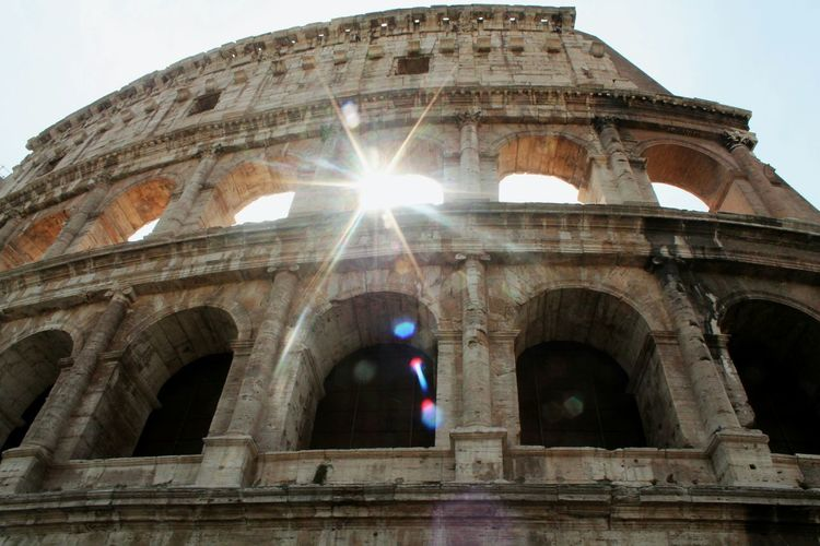 Hello World Hanging Out Taking Photos Rome Italy❤️ Italy Historical Monuments Perfectlight