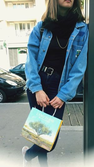 Girl Lyon Style Ootd Friends Streetphotography Vintage Outfit #OOTD Tram
