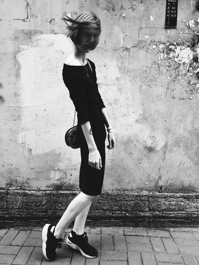 Full Length One Person Lifestyles Leisure Activity Sports Clothing Day Outdoors Real People Young Adult Built Structure Physical Activity Shadow Young Women Building Exterior Architecture City People Adult Adults Only EyeEm Selects Girl Blackandwhite Saint Petersburg The Fashion Photographer - 2018 EyeEm Awards