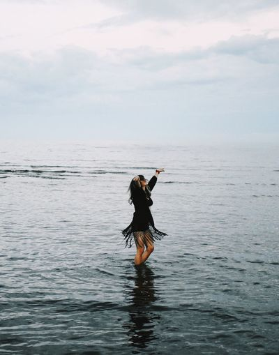 Closer Water Sea One Person Nature Waterfront Standing Sky Horizon Over Water Outdoors Beauty In Nature Full Length Real People Women Scenics One Woman Only People