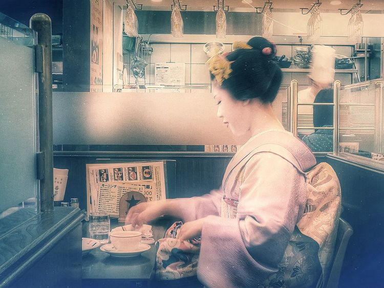 Maiko Japan Kyoto The Photojournalist - 2015 EyeEm Awards Geisha Breakfast