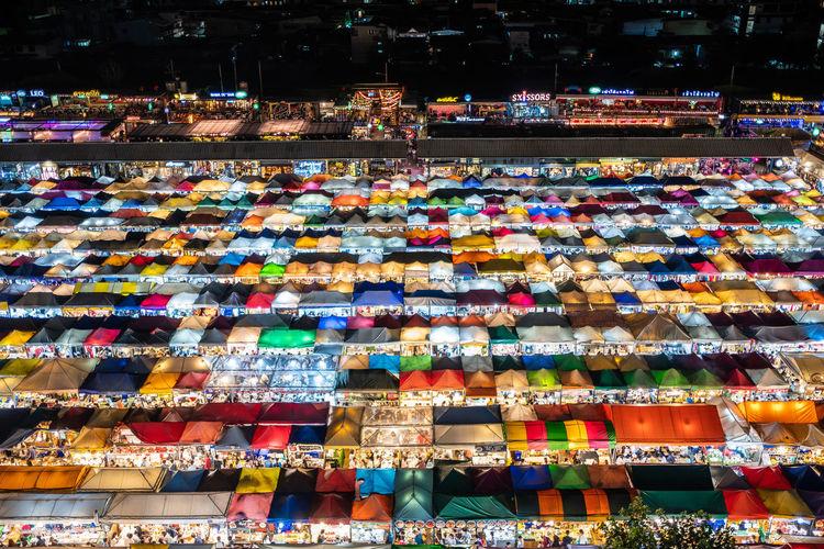 Train night market @ Ratchada 🚉 MRoZAM Thailand Fujifilm Fujifilm_xseries Market Nightphotography Night Market In Thailand Night Market Train Train Markets, Bangkok Multi Colored City Full Frame The Street Photographer - 2019 EyeEm Awards