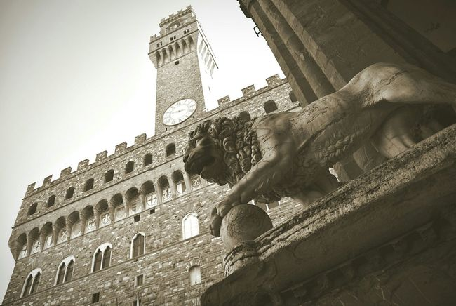 Firenze2015 Firenze Florencia Florence Italy❤️ Italia Italy PalazzoVecchio Travel Photography Traveling Blackandwhite OpenEdit Clock Tower Amazing Place Architecture Black And White Black & White Famous Place