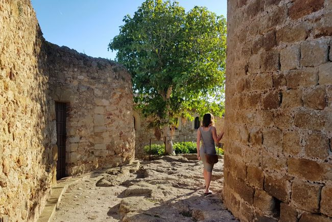 EyeEmNewHere Medieval Architecture Medieval SPAIN Catalonia Pals Walking Around An Eye For Travel One Person Architecture Tree One Girl Only Outdoors Day