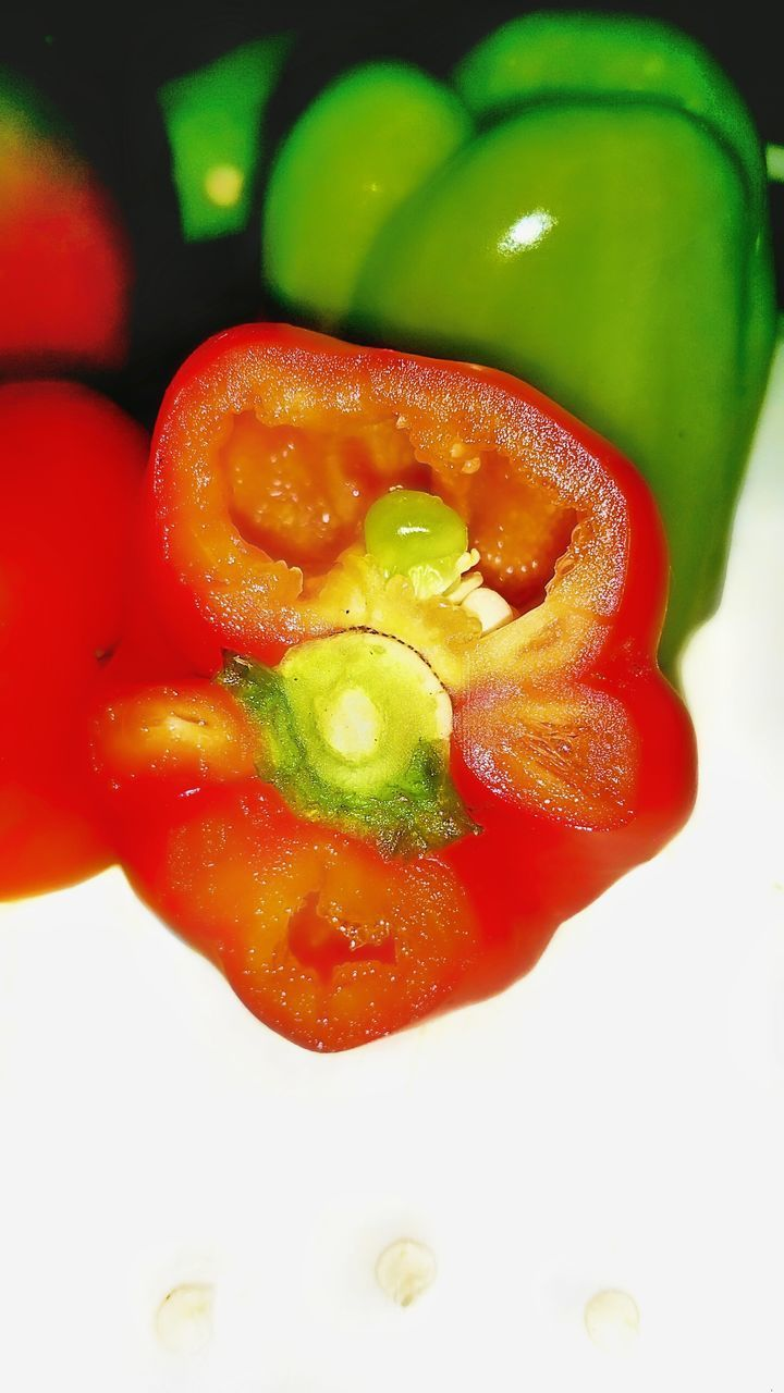 food and drink, red, food, vegetable, pepper, freshness, bell pepper, healthy eating, wellbeing, indoors, tomato, close-up, fruit, red bell pepper, studio shot, no people, still life, spice, slice, chili pepper