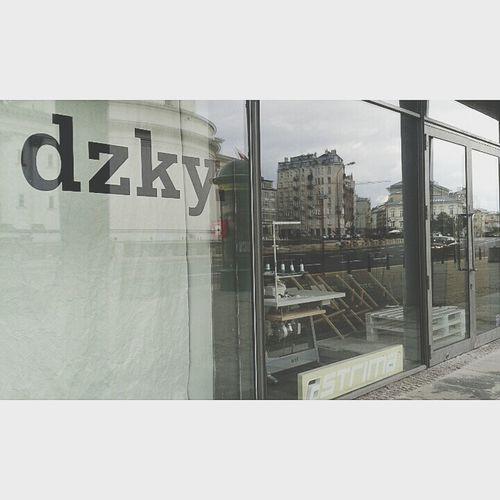 #Dzky Sieradzky Plac Trzech Krzyzy