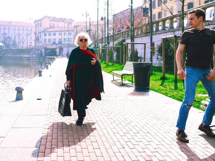 ScarecrowD // Darsena Milano // March'17 Full Length Outdoors Adults Only Togetherness Two People Day Built Structure People Adult Real People Only Women Women City Young Adult Milan Italy Darsena Streetphotography Candid Scarecrow Olympus