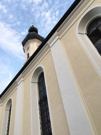 Church Bad Tölz Mühlfeldkirche Bavarian Church Churches Bavaria Architecture Bavarian Architecture Low Angle View Building Exterior Built Structure Religion Christianity Historic No People