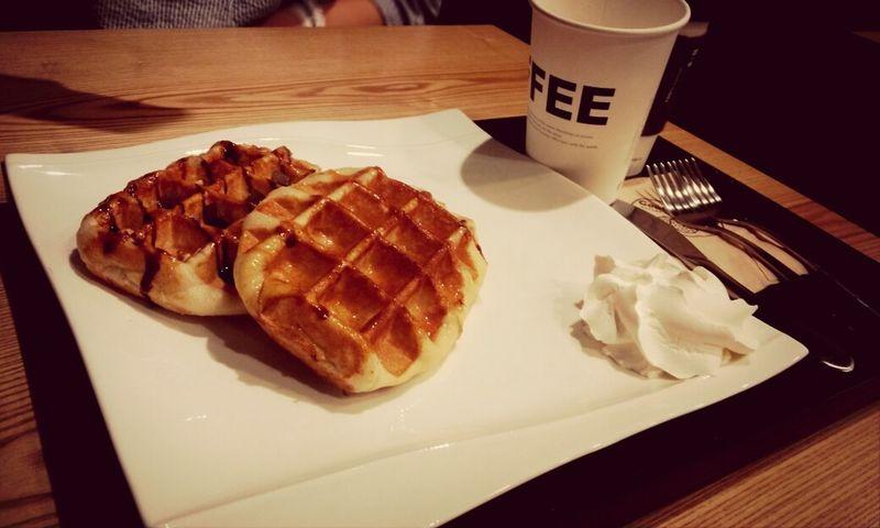 Food Waffles Tasty Dishes 먹방
