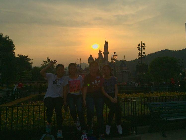 😍😍 Throwback Disney Sunset Schoolpicnic Friends Classmates Happy