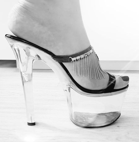 Sensual_woman High Heels Blackandwhite Tadaa Community Sexygirl 0711 Plateau Light And Shadow Picoftheday Amazing View Heimat Shoes Of The Day Low Section Shoe High Heels Females Close-up Foot Leg Womenswear Stiletto Dress Shoe