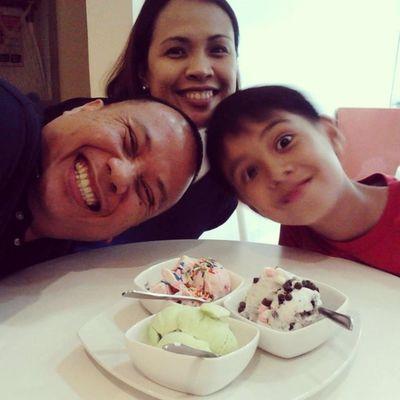 Happy Birthday, Ate Shie! Thanks for the ice cream :) Strawberry Avocado CookiesNcream Icecream