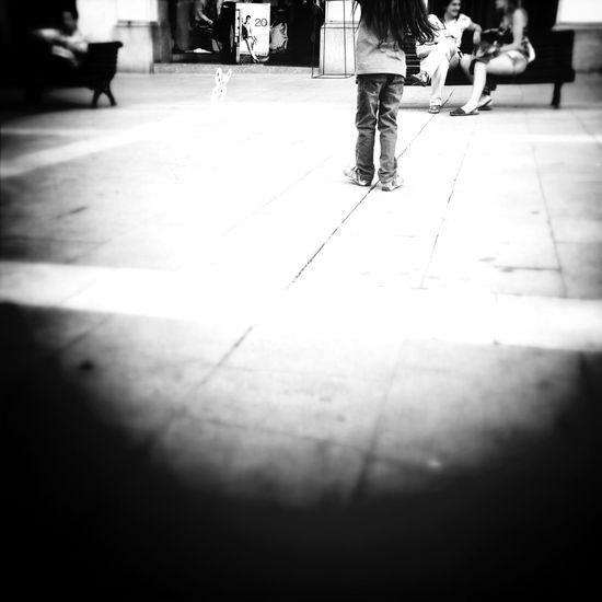 Streetphotography Schattenspiel  Urban Lifestyle
