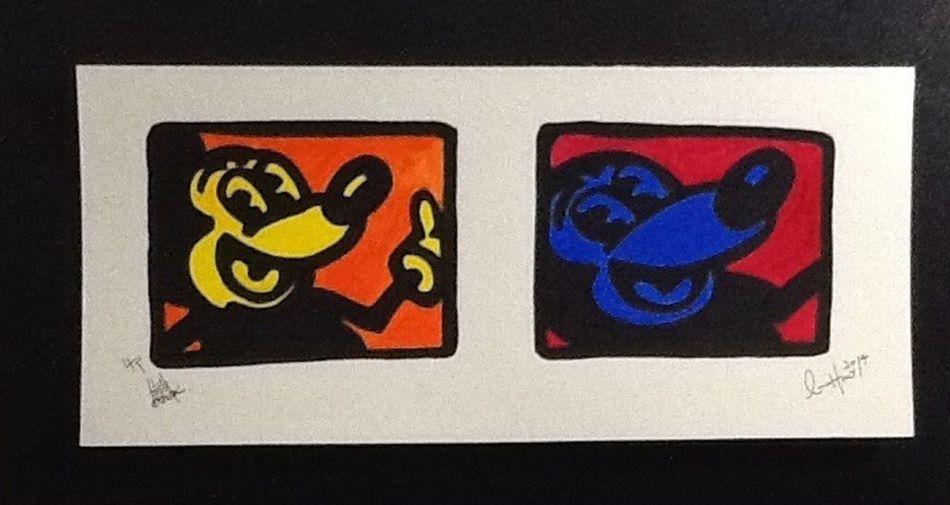 """Micky"" by L.P.H.artwork LPHartwork Charcoal #skull #art #artist #sketch #tattoo #tattooed #ink #inked #pencil #doodle #skin #skeleton #tattooedup #color #colour #cooltattoo #picture #picture #bones #skull Art #wallart #skulltattoo #skullhead #skullaholic  Micky Mouse Disney"