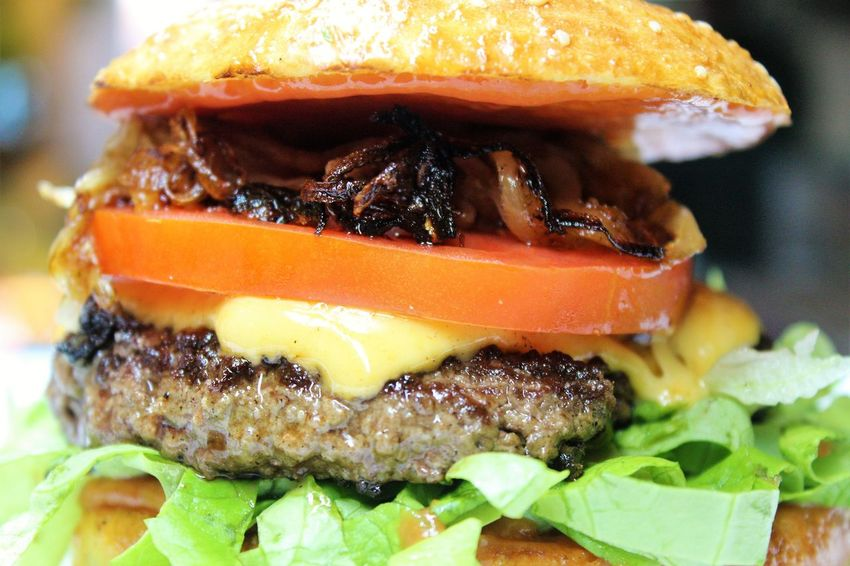 Close-up Day Food Food And Drink Freshness Hamburger Indoors  No People Ready-to-eat Sesame Seed SLICE