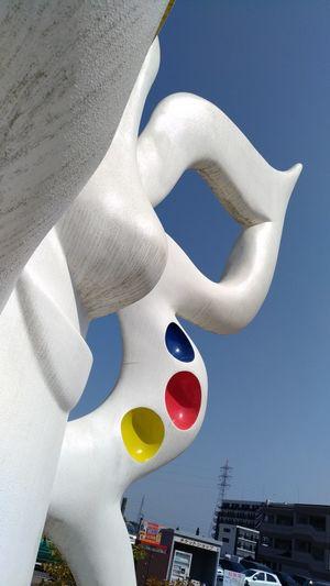 Taro Okamoto sculpture TAROOKAMOTO Sculpture In The City Sculpture Japan Japanese Artist Bampakukinenkoen EyeEm Selects Close-up Street Art