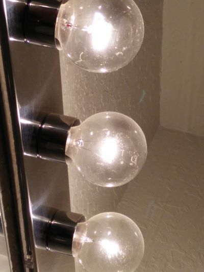 Illuminated Indoors  Shiny Modern No People Close-up Filament Light Bulb Light Bulbs Light Bulb Shooting LIGHT BULB !!! Light Bulb Moment