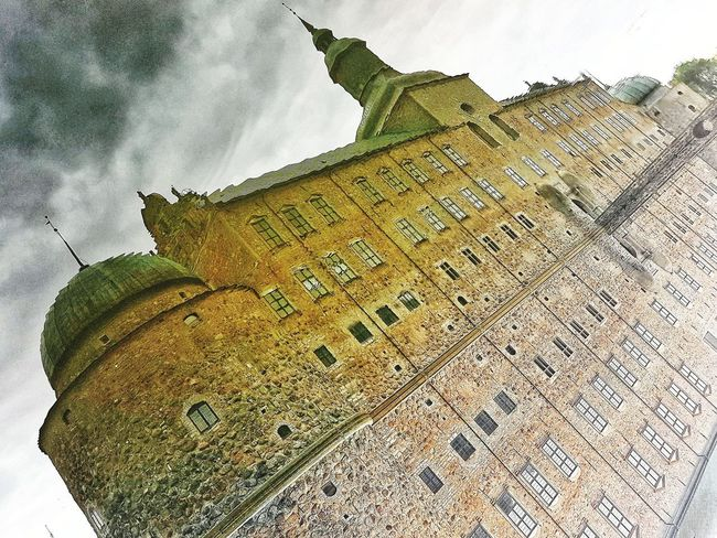 The Castle of reflection..(Its upside-down!) Castle Upside Down Reflection Reflection_collection Reflections In The Water Vadstena Slott Vadstena Slott Water Reflections Perspective Perspective Photography Agriculture Field Sky Textured  Nature No People
