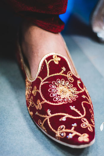 Red One Person Human Body Part Close-up Indoors  Focus On Foreground Pattern Design Real People Women Adult Fashion High Angle View Lifestyles Art And Craft Floral Pattern Body Part Human Hand Clothing Luxury Mojadi Springtime Decadence The Portraitist - 2019 EyeEm Awards The Street Photographer - 2019 EyeEm Awards