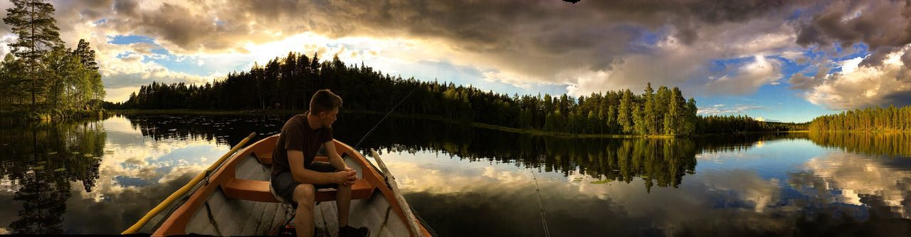 Fishing in Sweden. EyeEm Nature Landscape Eyem Best Shots Photography Eyemphotography OpenEdit World Water Fishing Boat EyeEm Gallery Sweden Photooftheday Photographer Europe Edit Beauty Reflection Panorama