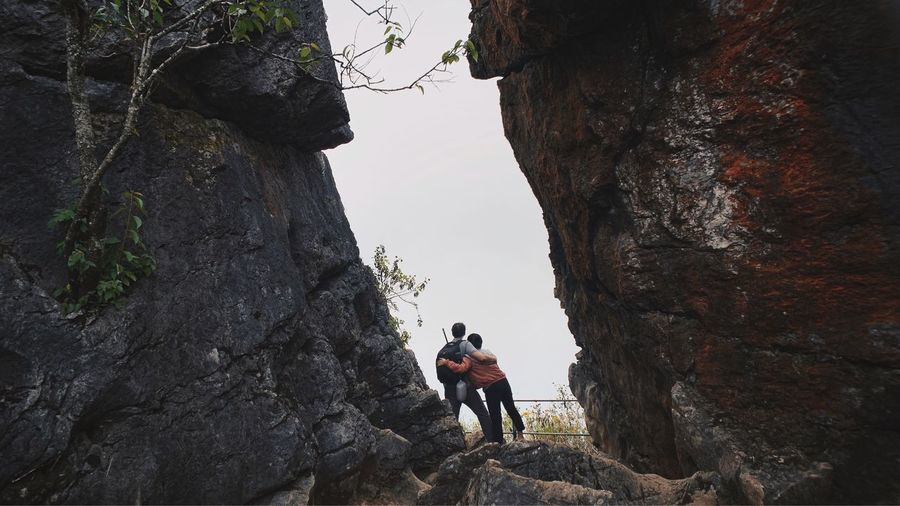 North Of Thailand Vacations IPhoneography Traveling Together Couple - Relationship Trekking Leisure Activity Real People Lifestyles Nature Full Length Men Day Hiking Adventure People Activity