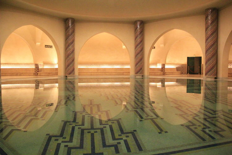 An amazing Texture of Architecture from the city of Casablanca, Morocco y.s Casablanca Casablanca Morocco Casablanca, Morocco CasablancaStreets Morocco MoroccoTrip Arch Architectural Column Architecture Building Built Structure Flooring History Illuminated Indoors  Luxury Nature No People Pool Reflection Swimming Pool Tiled Floor Transparent Water Window