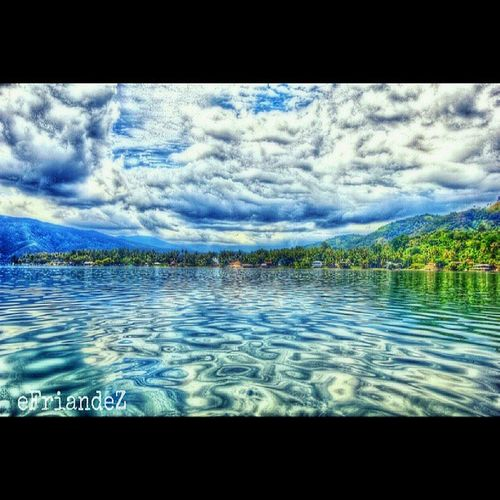 Lost in Paradise ============================================= original pic by @didotic edit by me Instagram Instgallery_indonesia Instagrafic Instadroid instanusantara instalover gf_dailystyle gf_indonesia ganginsapgan gang_family genginsapgan gangpolos webstagram whisky_droid streetphotography sfd_my sfd_edit skyviewers hdr_indonesia picohtheday forandroid mybest_nature