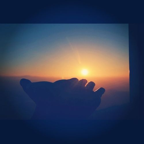 Let there be light. DivineIntervention Sunrise Tigerhills Tigerhillsdarjeeling instasizelegacy