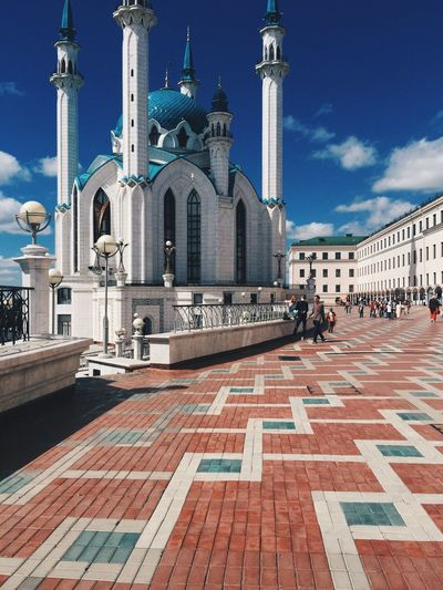 Sightseeing KolSharif Mosque Travelling Architecture the most popular snap in Kazan Kremlin, the last includes not only Orthodox churches, but a brand new built mosque. The Traveler - 2015 EyeEm Awards The Architect - 2015 EyeEm Awards