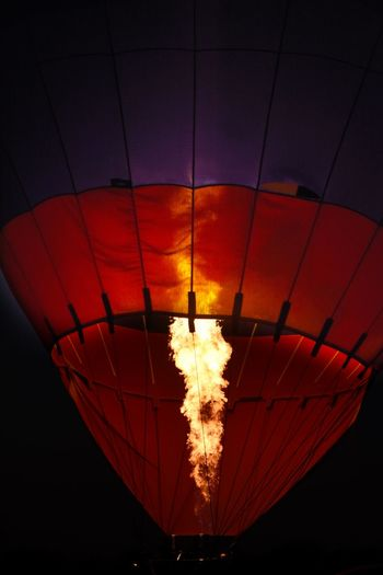 Night Hot Air Balloon Flying Flame Red Illuminated Outdoors Close-up San Angelo Balloon Festival The Great Outdoors - 2017 EyeEm Awards Texas Photographer Eyeemphotography Ballooning Festival Air Vehicle Multi Colored The Street Photographer - 2017 EyeEm Awards The Photojournalist - 2017 EyeEm Awards