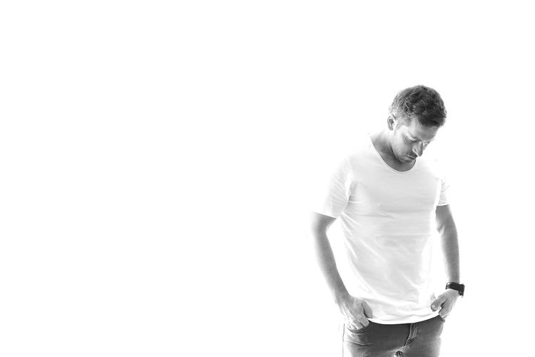 Black And White Studio Shot One Person Standing Copy Space Front View Casual Clothing Men White Background Males  Lifestyles Waist Up Looking Down Cut Out Looking At Camera Looking Indoors  Hairstyle Selfie That´s Me First Eyeem Photo Eyem Best Shots EyEm New Here My Best Photo Copy Space Adult Looking Down Standing My Best Photo Copy Space