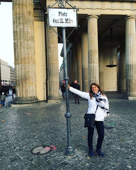 Full Length Real People Built Structure Casual Clothing Communication Outdoors Mobile Phone Building Exterior Front View Architecture Young Adult Day Text Adults Only Women Young Women Only Women People Adult Berlin Myself