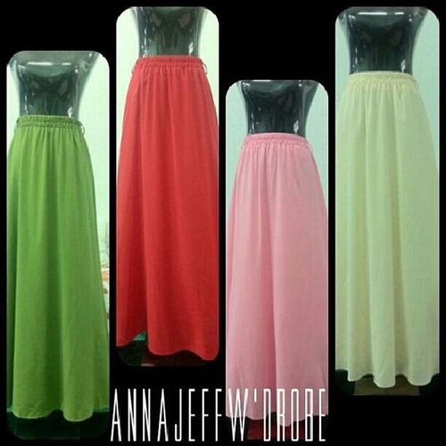 Trendy long skirt 1 pcs RM66 *Include postage Material : cotton spandex ( expandable) (full lining) Length 100cm Free size fit from XS to L Contact Via : WhatsApp : +60123139491 FaceBook : Annajeff Soulfly