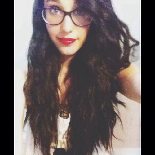 Long Hair Red Lips Beauty ❤ ?