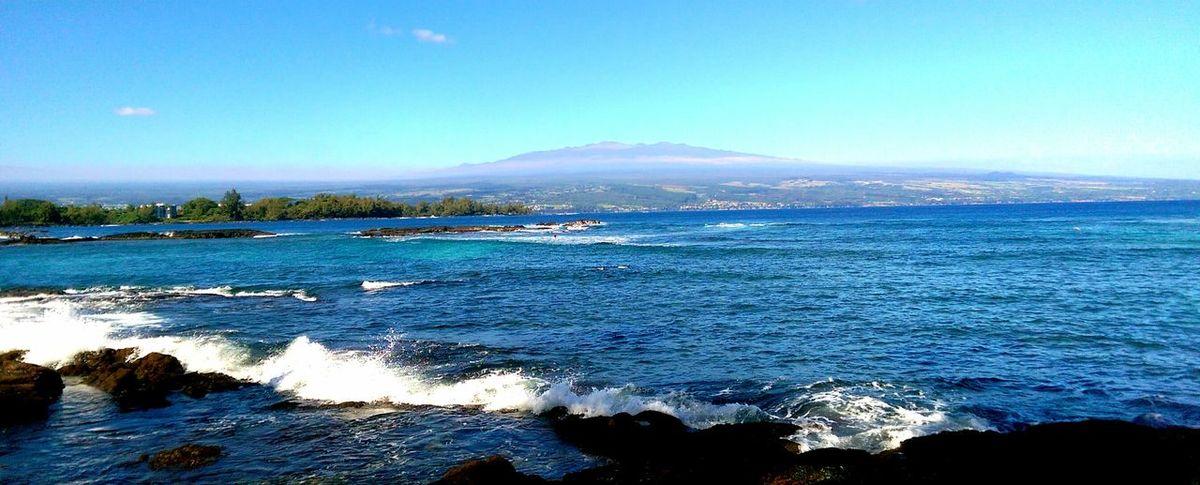 Hawaiishots Volcano view from Richardson Beachpark Blacksandbeach Hilo  Hawaii Bigislandlove Hanging Out Pacific Ocean Blue Sky Beautiful