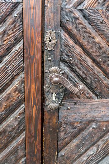 Door Latch Backgrounds Close-up Day Door Door Handle Door Knob Door Lock Doorknob Full Frame No People Old Old-fashioned Outdoors Pattern Protection Textured  Vintage Wood - Material Wood Grain