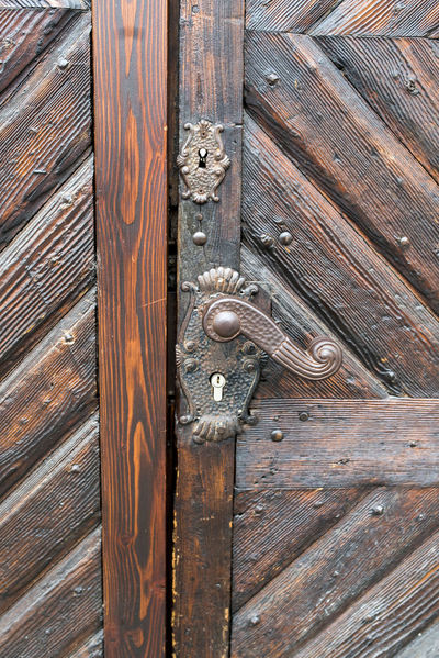 Door Latch Backgrounds Close-up Day Door Door Handle Door Knob Door Lock Doorknob Full Frame No People Old Old-fashioned Outdoors Pattern Protection Textured  Vintage Wood - Material Wood Grain