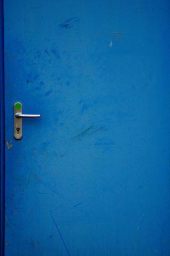 Blue No People