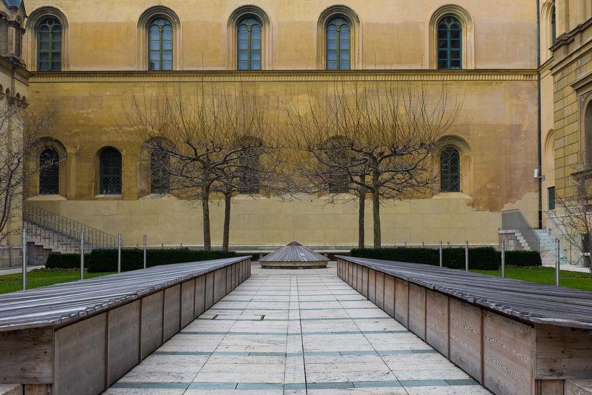 This Is Munich Kabinettsgarten Residenz München Secret Garden The Traveler - 2015 EyeEm Awards