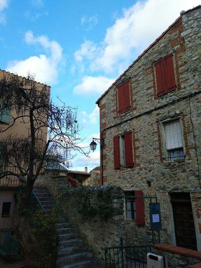 Architecture Building Exterior Sky Built Structure Cloud - Sky Window Low Angle View Outdoors No People Day Vilafranca Del Conflent Fortalesa Muralles Catalunya Nord