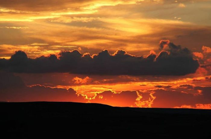 Sunset Beauty In Nature Cloud - Sky Nature Orange Color Idyllic Dramatic Sky Ethereal Landscape Scenics Mountain Travel Destinations Outdoors Vacations Tranquility Sky Beauty Adventure No People Galaxy Mardintanıtım Mardingezi Mardintravel Mardin Sokakları Mardinweddingphotography