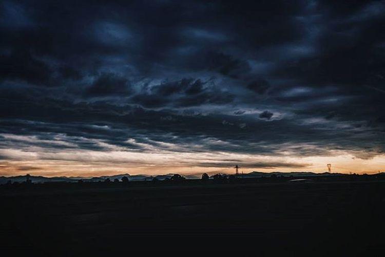 Dark Skies Dark Sky Ritrovamenti Clouds Horizon VSCO
