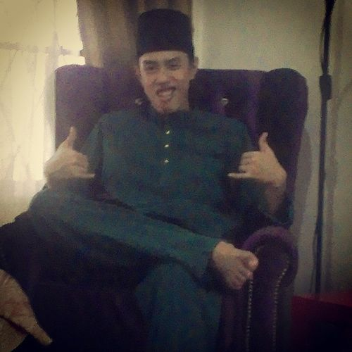 First day of Eid. Yesterday RonaldinhoHandGestureDuringHisGoalCelebration AaronAzizbyJakel .