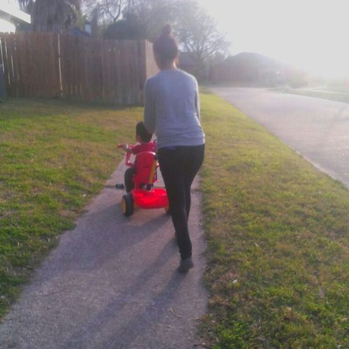 vero walking baby lmao ^.^
